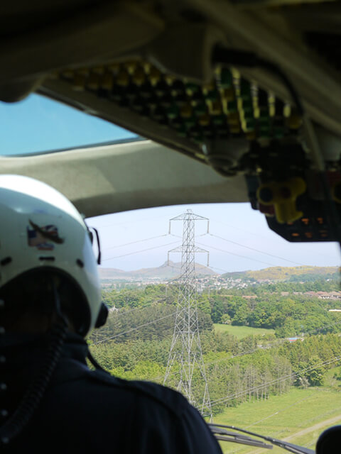 overhead power line surveys and inspections via helicopter throughout the UK